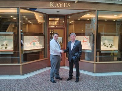 ToNy Kaye (Kayes Jewellers) and Geoff Coote (Pro-Networks)